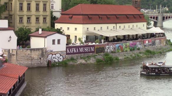 Praha16vlcsnap-2016-07-28-18h25m26s082