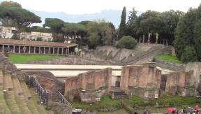 17_pompeii_vlcsnap-2016-10-25-13h47m09s451-8