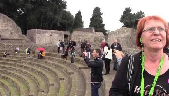 20_pompeii_vlcsnap-2016-10-25-13h47m09s451-7