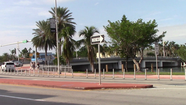 02_Miamiu1700009