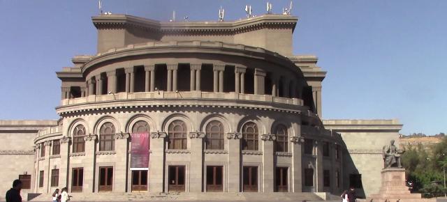 48_Armenia2_1900006