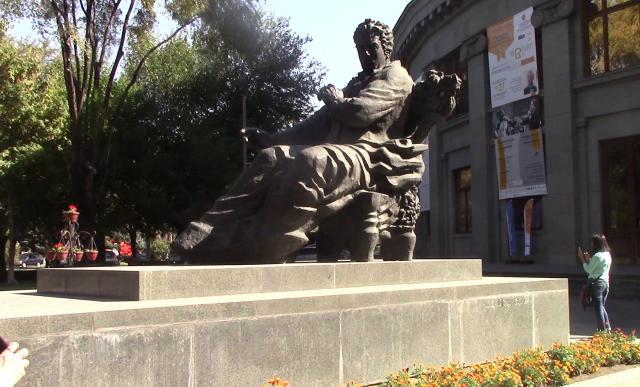 48_Armenia2_1900007